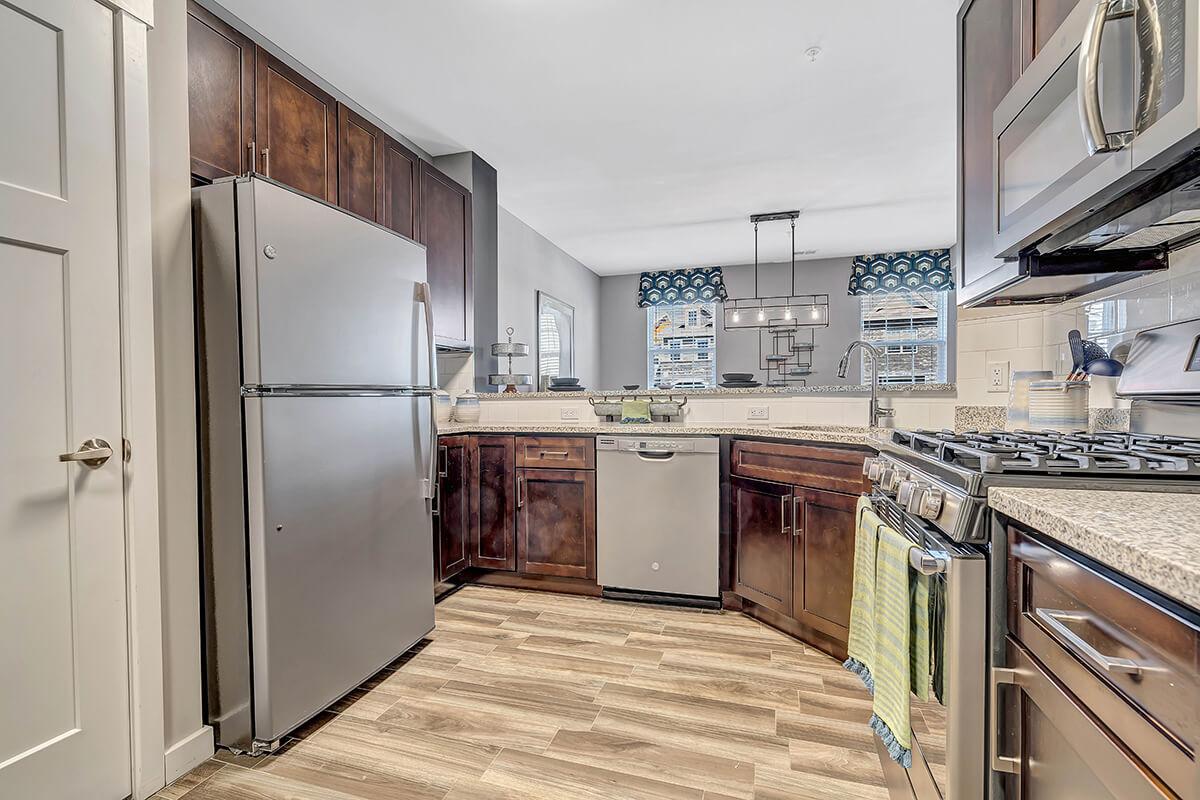 River Links apartment kitchen.